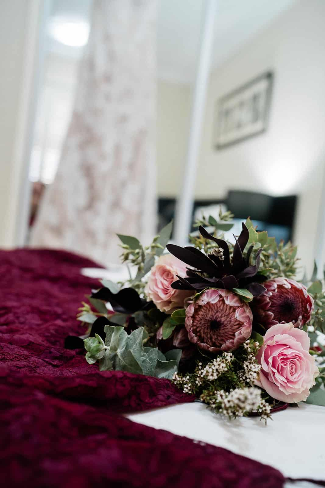 Wedding bouquet and dreses